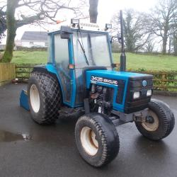 New Holland 3435